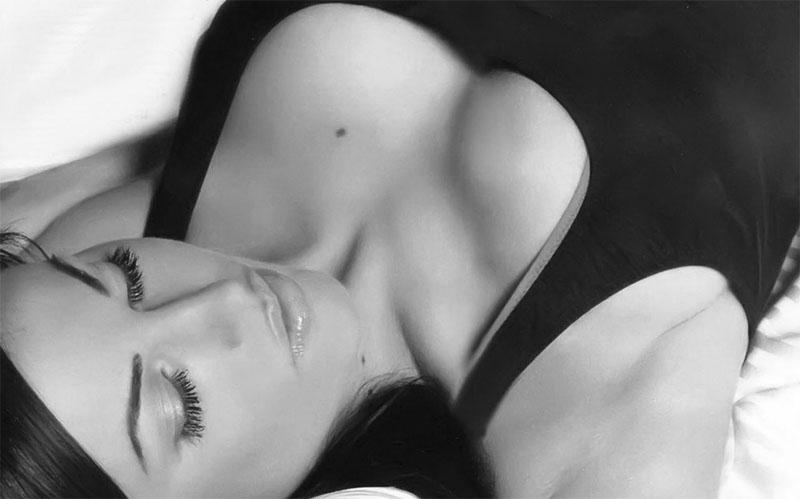 Как отличить силиконовую грудь