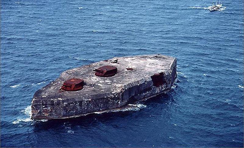 Бетонний корабель-лінкор